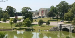 Albright-Knox Art Gallery overlooking the lake in Delaware Park
